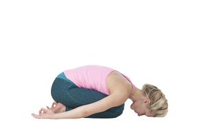 yoga_majariasana_step_1の写真素材 [FYI00783672]