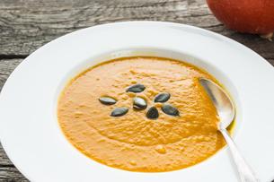 dish soup of hokkaido pumpkinの写真素材 [FYI00783674]