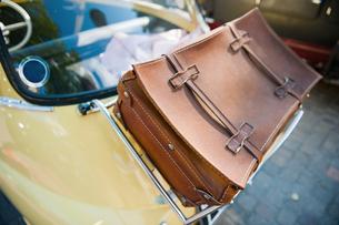 case on the carの写真素材 [FYI00783708]