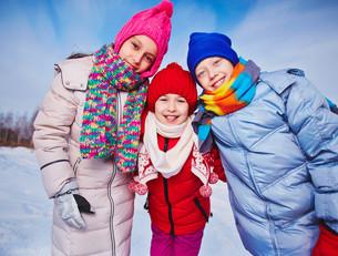 Kids outdoorsの写真素材 [FYI00784503]