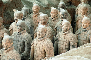 Terracotta Army near the city of Xian, Chinaの写真素材 [FYI00785293]