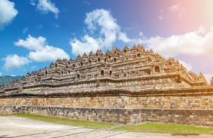 Ancient temple of Borobudur in Indonesiaの写真素材 [FYI00786090]