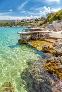 Beautiful beach in Rogoznica Croatiaの素材 [FYI00786118]