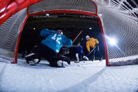ice hockey goalkeeperの写真素材 [FYI00786921]