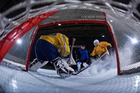 ice hockey goalkeeperの写真素材 [FYI00786929]