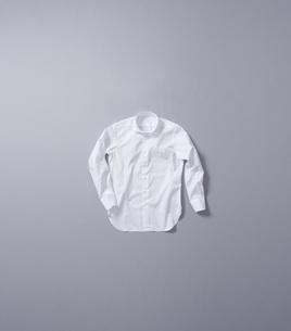 white shirtの写真素材 [FYI00787056]