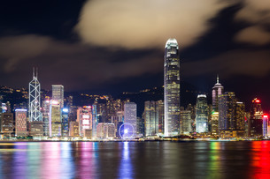 Hong Kong night view of skylineの写真素材 [FYI00787107]
