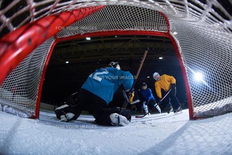 ice hockey goalkeeperの写真素材 [FYI00787815]