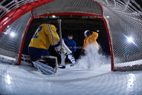 ice hockey goalkeeperの写真素材 [FYI00787819]