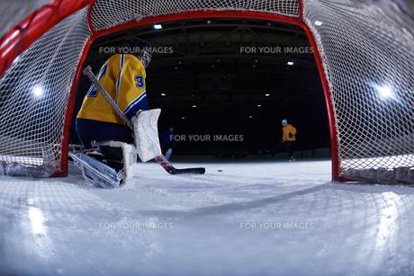 ice hockey goalkeeperの写真素材 [FYI00787830]