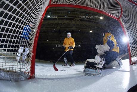 ice hockey goalkeeperの写真素材 [FYI00787840]