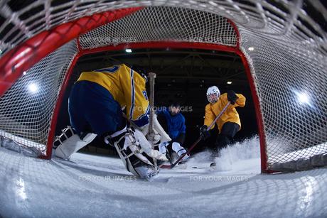 ice hockey goalkeeperの写真素材 [FYI00787883]