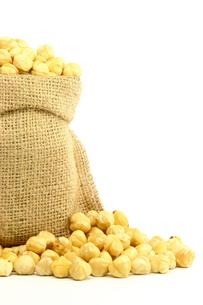 Hazelnuts in Bagの素材 [FYI00788030]