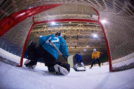 ice hockey goalkeeperの写真素材 [FYI00788084]