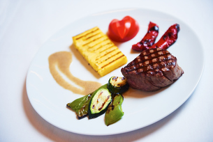 tasty steakの写真素材 [FYI00788593]