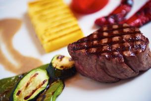 tasty steakの写真素材 [FYI00788605]