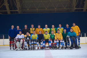 ice hockey players team portraitの写真素材 [FYI00788663]
