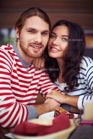 Affectionate coupleの写真素材 [FYI00788717]