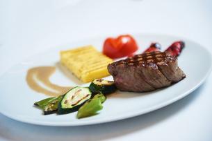 tasty steakの写真素材 [FYI00789078]