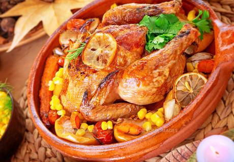 Tasty baked turkeyの写真素材 [FYI00789297]