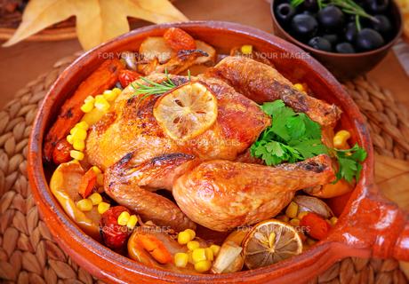 Tasty baked turkeyの写真素材 [FYI00789310]