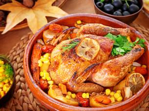 Thanksgiving day family dinnerの写真素材 [FYI00789319]