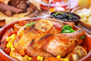 Tasty baked turkeyの写真素材 [FYI00789340]