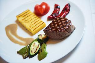 tasty steakの写真素材 [FYI00789817]