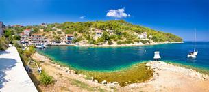 Dugi otok island village summer viewの写真素材 [FYI00789841]