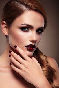 Beauty Portrait. Evening make-up.の写真素材 [FYI00789866]