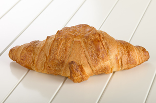 Sweet Croissant with chocolateの写真素材 [FYI00789941]
