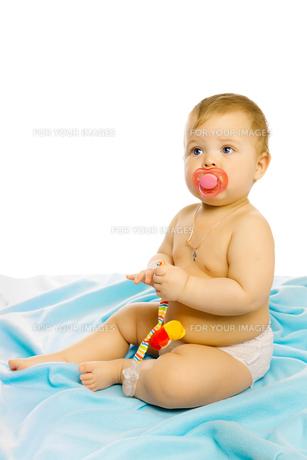 baby in diapersの写真素材 [FYI00789977]
