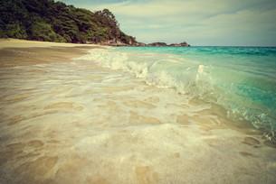 Vintage style sea and beach Similan island, Thailandの写真素材 [FYI00790999]