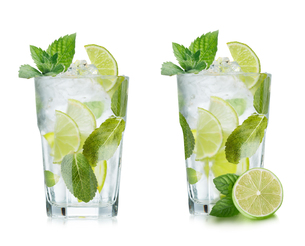 Mojito isolatedの写真素材 [FYI00791151]