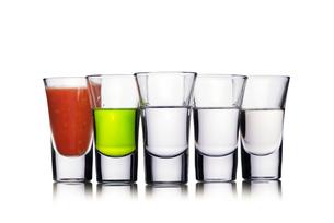 Colorful shot drinksの写真素材 [FYI00791190]