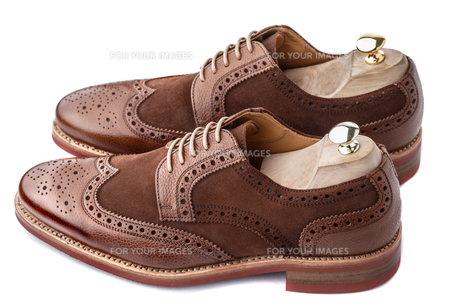 Brogues with shoe trees insertedの写真素材 [FYI00791234]