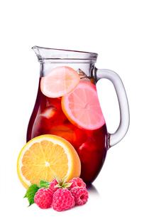 Orangeade with raspberryの写真素材 [FYI00791293]