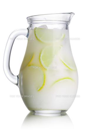 Brazilian lemonade pitcherの写真素材 [FYI00791321]