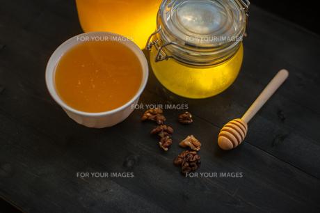 Honey with walnutの素材 [FYI00791586]