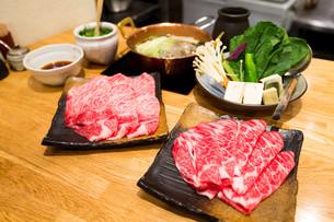Sukiyaki Fresh Beef pork slicesの写真素材 [FYI00791720]