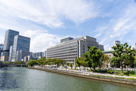 Osaka, Japan at Nakanoshima river districtの写真素材 [FYI00791739]