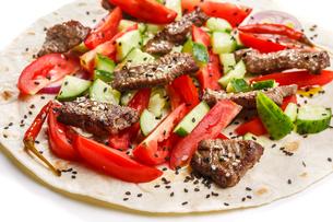 Beef shawarmaの写真素材 [FYI00792791]