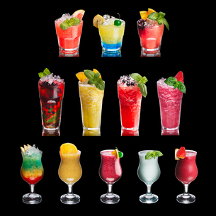 Fruit cocktails isolated on black setの写真素材 [FYI00792850]