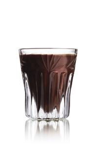 Black Russian shot cocktailの写真素材 [FYI00792876]