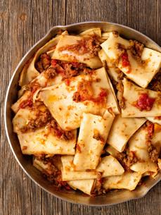 rustic italian pasta in ragu sauceの写真素材 [FYI00792967]