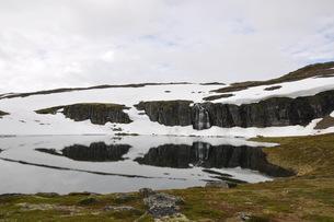 aurlandsfjellet highland pass mountain snow ice mountainの素材 [FYI00793391]