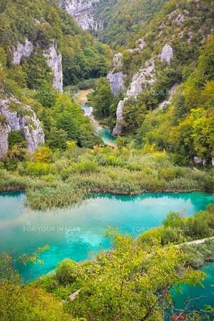 Landscape in Plitvice Lakes National Park, Croatiaの写真素材 [FYI00793413]