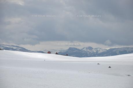 aurlandsfjellet highland pass mountain snow ice mountainの素材 [FYI00793429]