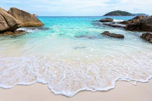 Summer beach in Thailandの写真素材 [FYI00793486]