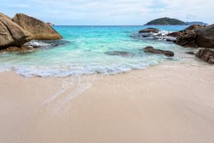 Summer beach in Thailandの写真素材 [FYI00793490]